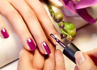 Virtual Gel Polish in Shaftesbury